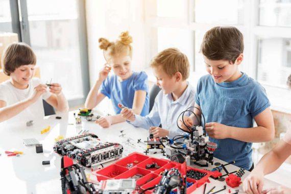 Champs of Robots (Robotics EV3)